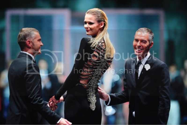 Audi Fashion Festival 2010 - Dean &amp; Dan Caten &amp; Carmen Kass @ Street Stylista